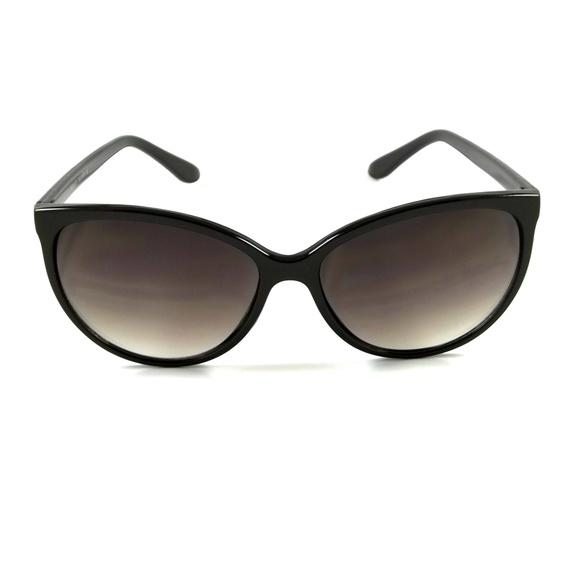 NWT Women Cat Eye Sunglasses Barlett Classic Style Retro Fashion Frame